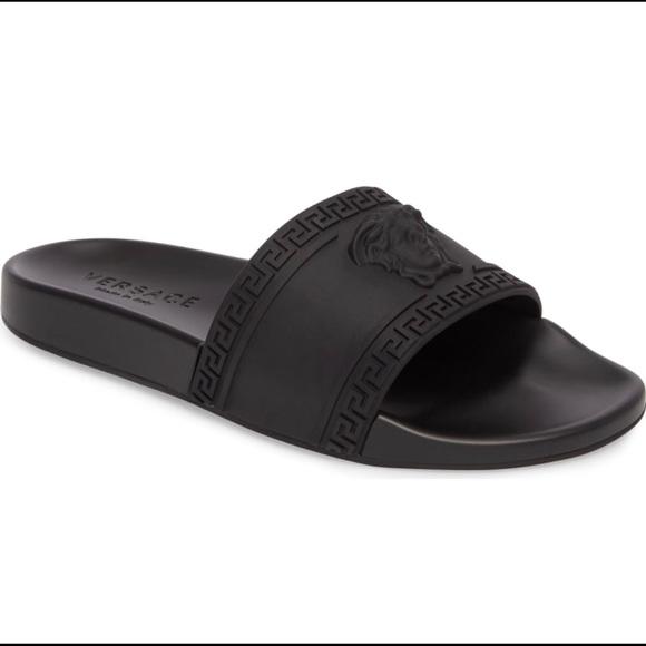 9f320f5e847d Men s Versace palazzo Medusa slide sandals 11. M 5b6c509274359b8f8a28bf4e